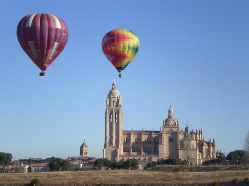 Despegando hacia la Catedral de Segovia