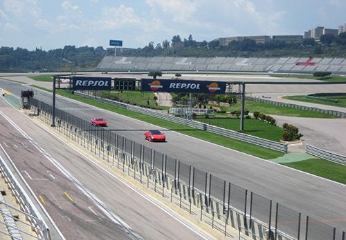Conducir un Ferrari en Cheste