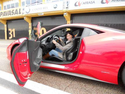 Brigi y el Ferrari 458 Italia