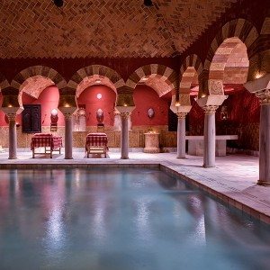 Arab baths + massage for two in Córdoba