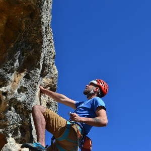 Climbing and rappelling for groups in Vilafranca del Penedés