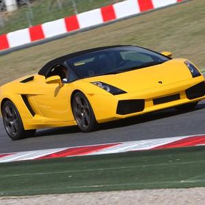 Lamborghini Gallardo Driving in Montmeló Escuela 1,7km (Barcelona)