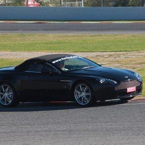 Aston Martin Vantage Driving in Montmeló Escuela 1,7km (Barcelona)