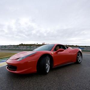 Ferrari 458 Italia Driving in Kotarr 1,8km (Burgos)