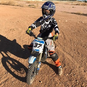 Motorcycle riding course for children in Cheste (Valencia)