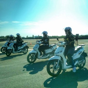 Scooter driving course in Cheste (Valencia)