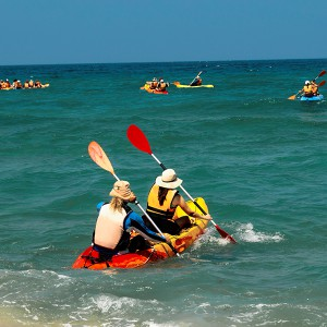 Kayak and snorkelling excursion in Valencia