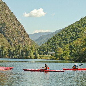 Kayak excursion in Llavorsí (Lleida)