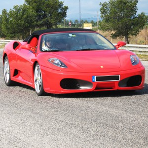 Ferrari and Lamborghini Highway Driving in Los Arcos (Navarra)
