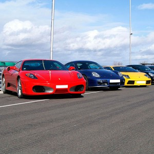 Ferrari + Lamborghini + Porsche in Los Arcos 3,9km (Navarra)