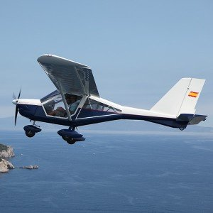 Fly a light aircraft in L'Estartit (Girona)