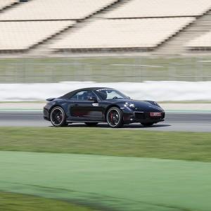 Porsche 991 driving in Motorland Escuela 1,7km (Teruel)