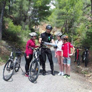 Electric bicycle excursion and treasure hunt in Torres-Torres (Valencia)