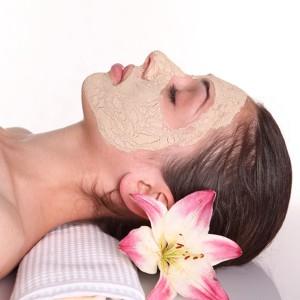 Deluxe facial treatment in Barcelona