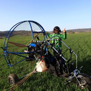 Paramotor flight in Navarra