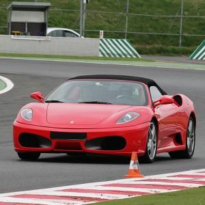 Conducir un Ferrari F430 en circuito en FK1 2km (Valladolid) - 1 vuelta