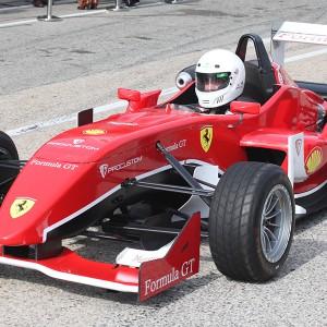 Conducir un Fórmula 2.0 en circuito en Can Padró 2,2km (Barcelona) - 2 vueltas