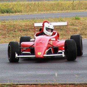 Conducir un Fórmula 2.0 en circuito en Kotarr 1,8km (Burgos) - 2 vueltas