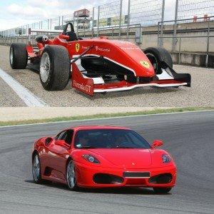 Ferrari + Fórmula 2.0 en circuito en El Jarama 3,8km (Madrid) - 2 vueltas (1 por coche)