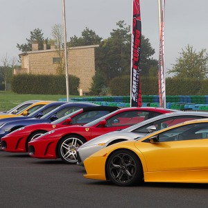 Ferrari + Lamborghini + Porsche en circuito en El Jarama 3,8km (Madrid) - 3 vueltas (1 por coche)