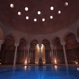 Baños árabes + masaje relajante en Málaga