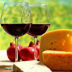 Cata de iniciación al vino con maridaje en Madrid