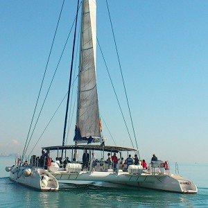 Excursión en barco + barbacoa a bordo en Jávea (Alicante)