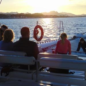 Puesta de sol en barco en Valencia