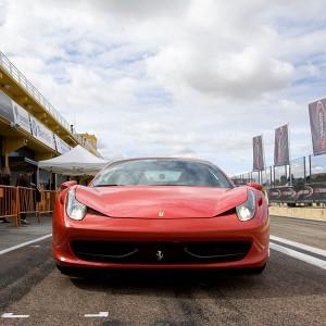 Conducir un Ferrari 458 Italia en circuito en Brunete 1,6km (Madrid)