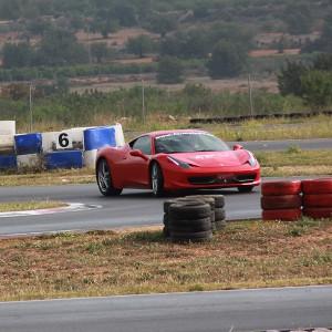 Conducir un Ferrari 458 Italia en circuito en Calafat 2,6km (Tarragona)