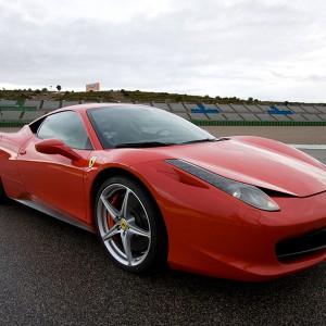 Conducir un Ferrari 458 Italia en circuito en Sevilla 1,5km (Sevilla)