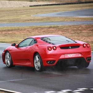 Conducir un Ferrari F430 en circuito en Chiva 1,6km (Valencia)