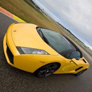 Conducir un Lamborghini Gallardo en circuito en Brunete 1,6km (Madrid)