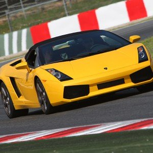 Conducir un Lamborghini Gallardo en circuito en Montmeló GP 4,7km (Barcelona)