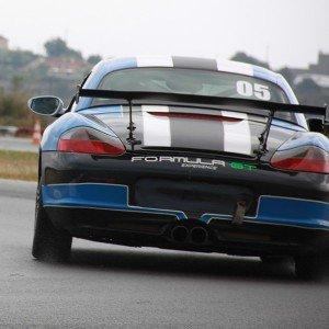 Conducir un Porsche Boxster Cup en circuito en Can Padró 2,2km (Barcelona)