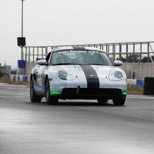 Conducir un Porsche Boxster Cup en circuito en FK1 2km (Valladolid)