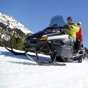 Conducir una moto de nieve temporada 2019/20 en Grandvalira (Andorra)