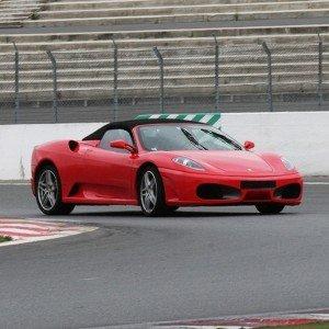 Copilotaje Extremo de Ferrari en circuito en Monteblanco 3,9km (Huelva)
