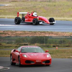 Ferrari + Fórmula 2.0 en circuito en Chiva 1,6km (Valencia)