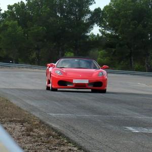 Ferrari + Lamborghini en carretera en Cheste (Valencia)