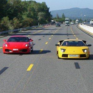 Ferrari + Lamborghini en carretera en Vic (Barcelona)