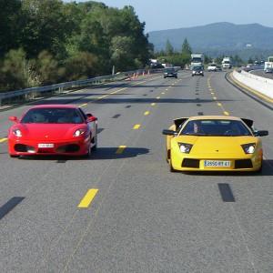 Ferrari + Lamborghini en carretera en Bilbao