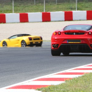 Ferrari + Lamborghini en circuito en Campillos 1,6km (Málaga)