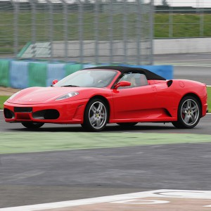 Ferrari + Lamborghini en circuito en Can Padró 2,2km (Barcelona)