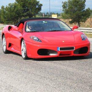 Lamborghini circuito + Ferrari carretera en Kotarr 1,8km (Burgos)