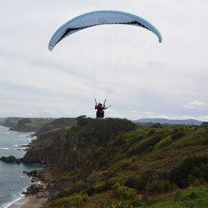 Vuelo en parapente en Asturias