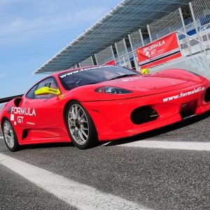 Pilotar Ferrari de competición en Los Arcos 3,9km (Navarra)