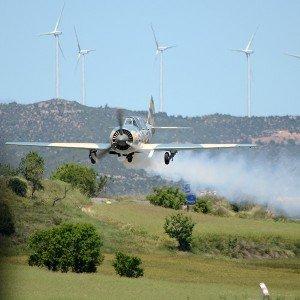 Pilotar un avión militar en Igualada (Barcelona)
