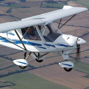 Pilotar una avioneta ultraligera en Camarenilla (Toledo)