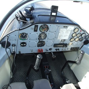 Pilotar una avioneta ultraligera en Navalcarnero (Madrid)